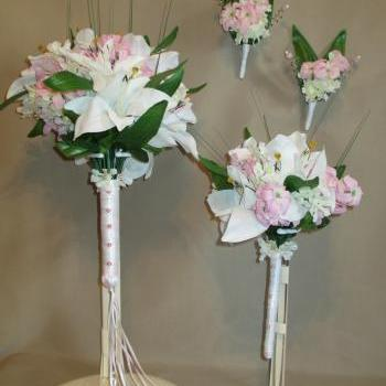 White Lily Bridal Bouquet with matching Bridesmaids Bouquet and 2 Boutonnieres 4 piece set - Handmade in Colorado